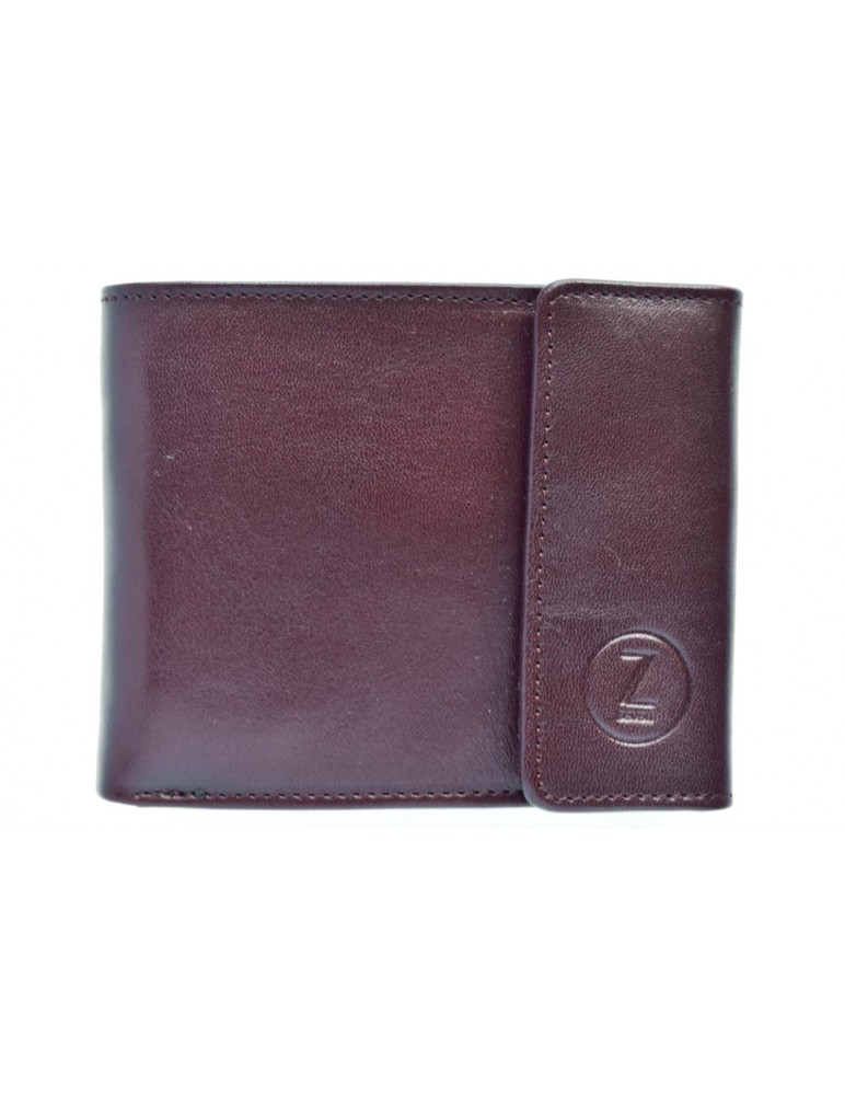 Brown leather wallet from the casual collection